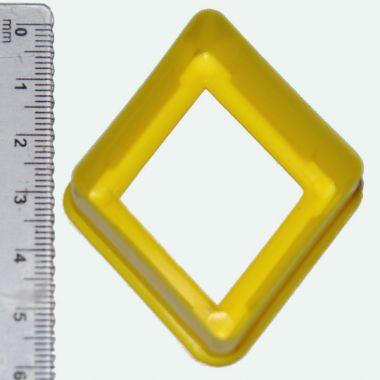 diamond shaped novelty cutter